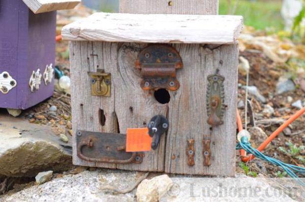 DIY wooden birdhouse