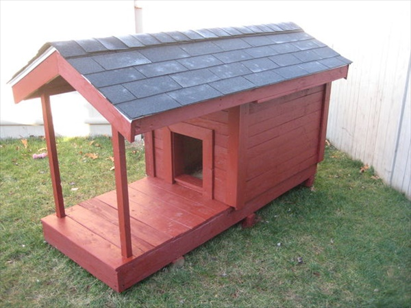 build a pallet house for your dog