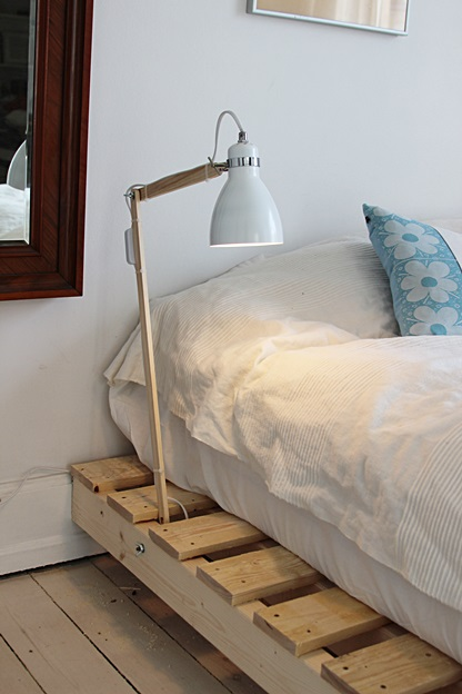 Diy Pallet Bed With Side Lights Easy Diy And Crafts