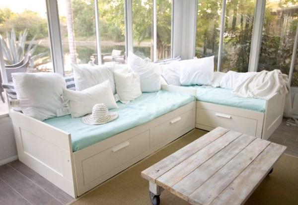 Easy DIY pallet coffee table ideas