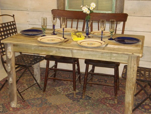DIY cheap driftwood dining table