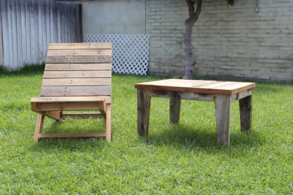 how to assemble outdoor pallet furniture