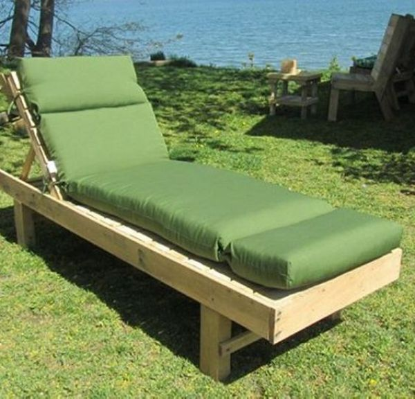 outdoor pallet patio daybed