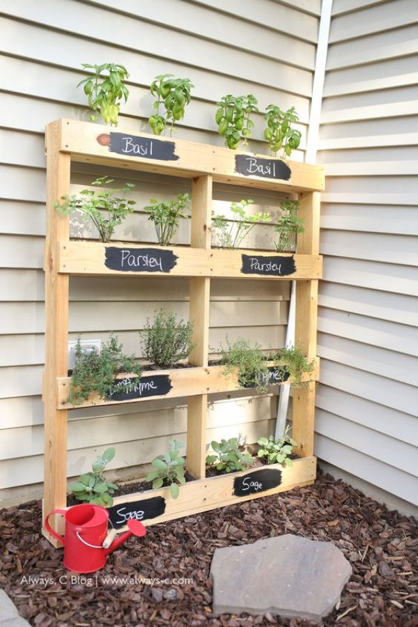 do it yourself pallet gardens