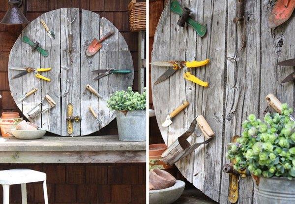 DIY Outdoor Pallet Clock