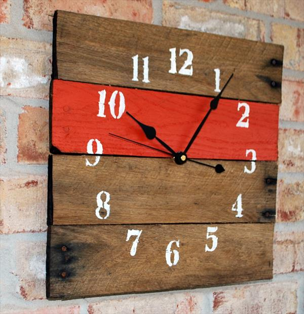DIY Orange Pallet Clock