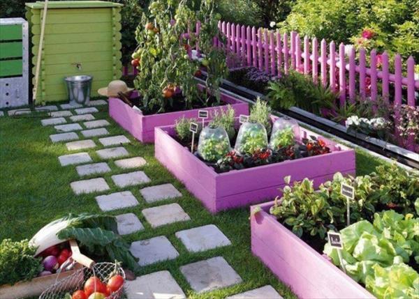 DIY Pink Pallet Planters