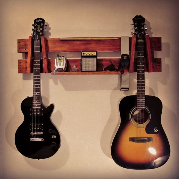 making guitar out of pallets