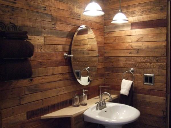 DIY Pallet Wall Bathroom