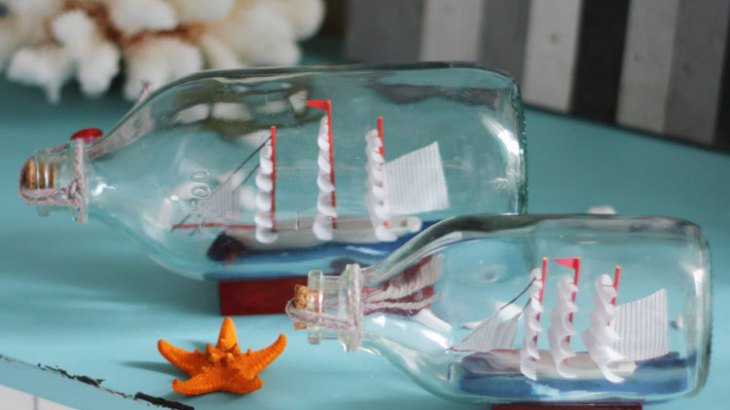 DIY Mediterranean Bottles With Boat