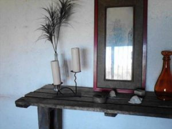 wooden pallet mirror table
