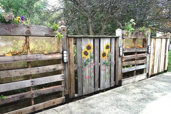 DIY Wooden Flower Fence