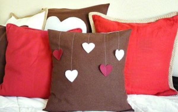 DIY Love Pillow Ideas