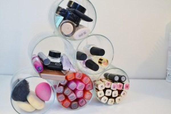 DIY Plastic Glasses Organizer