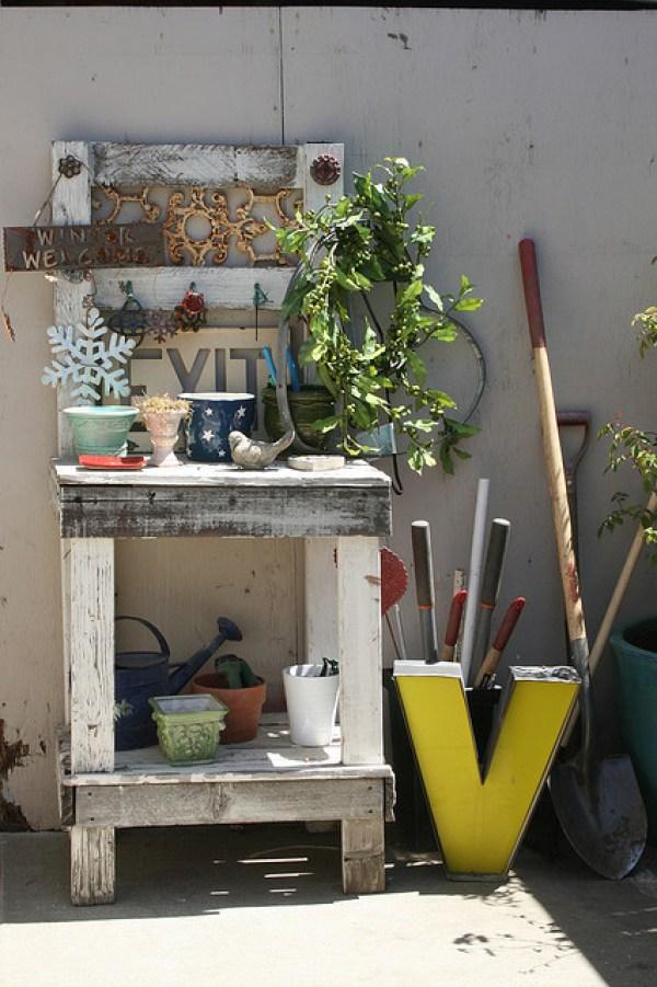 diy garden potting bench