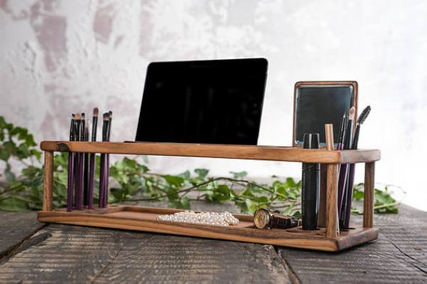 cosmetic accessories organizer