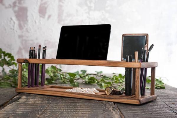 cosmetic accessories organizer