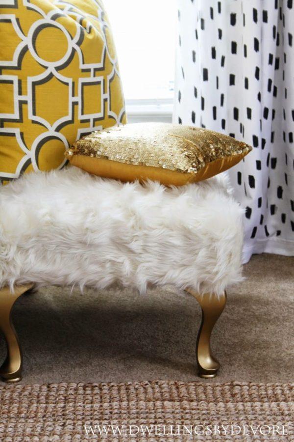 DIY faux fur bench