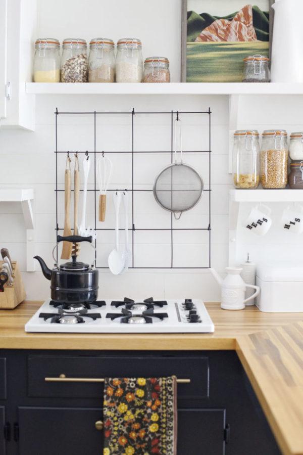 DIY wire utensil kitchen rack