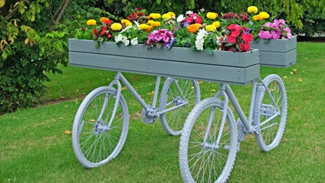 DIY Creative bicycle planter