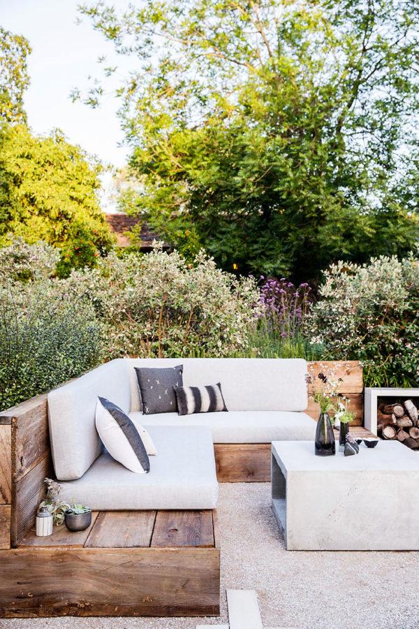 outdoor backyard furniture