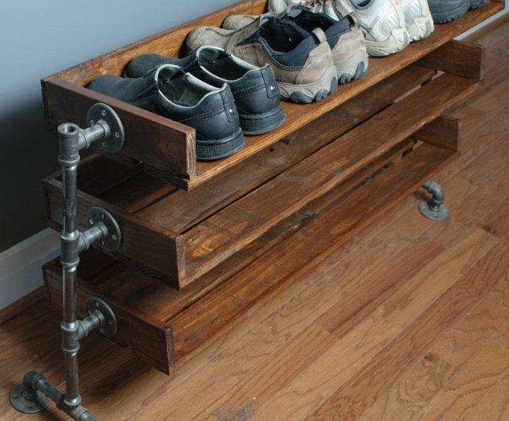 reclaimed wood DIY Shoe Rack