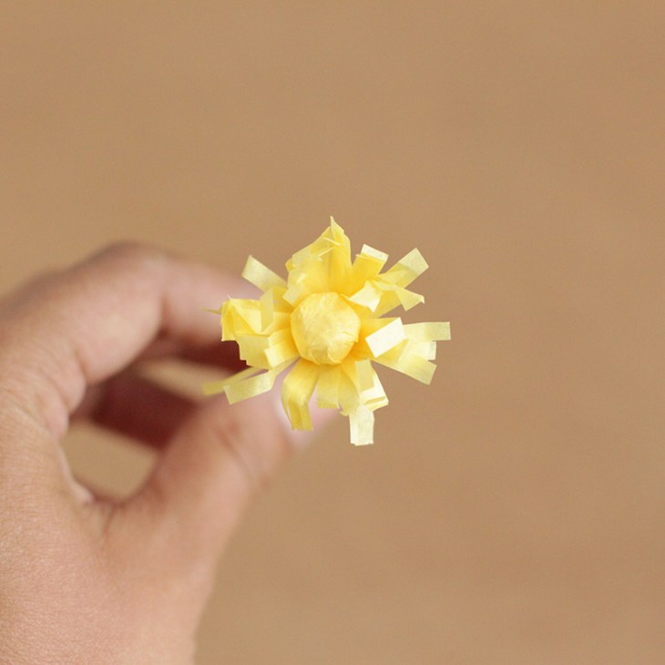 DIY Paper Flower Crafts