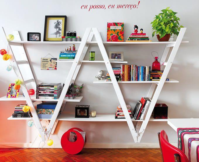 ladder bookshelf planks