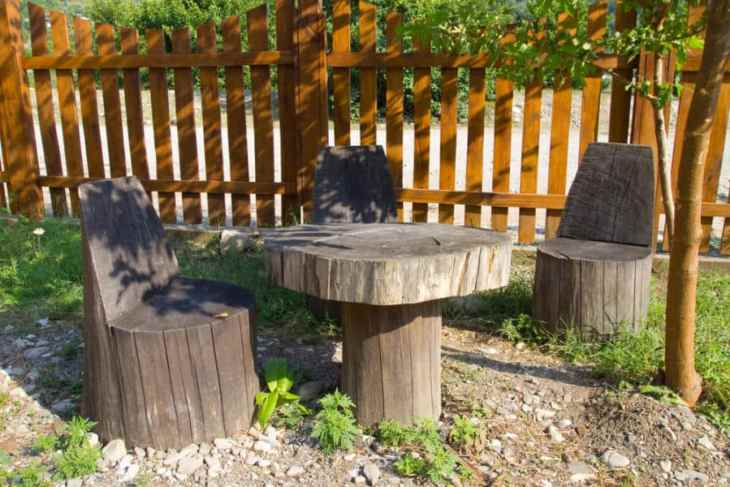 Tree stump chair table