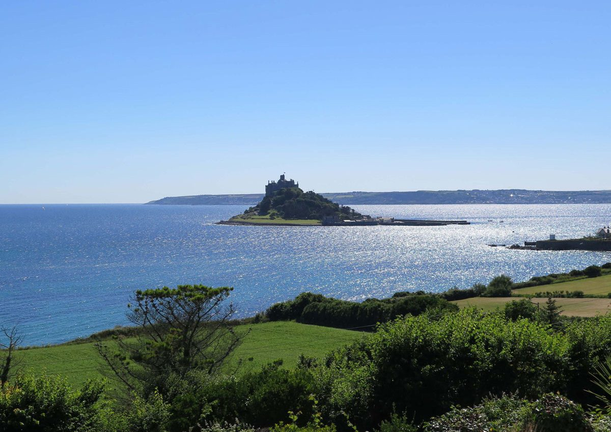 01-Mounts-Bay