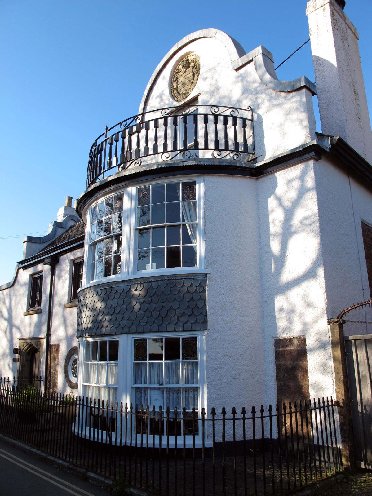 Follett Lodge