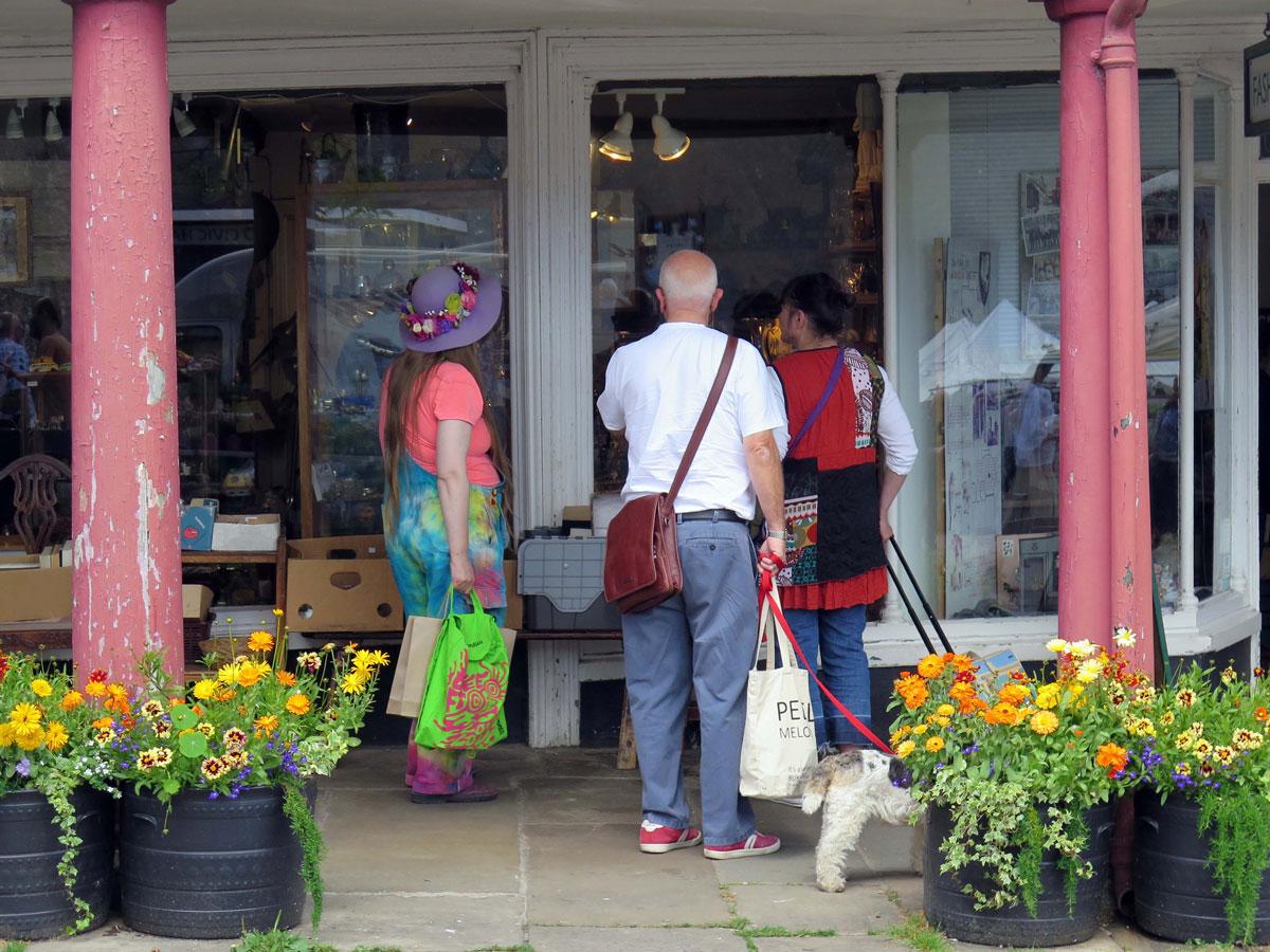 Shopping in the Butterwalk