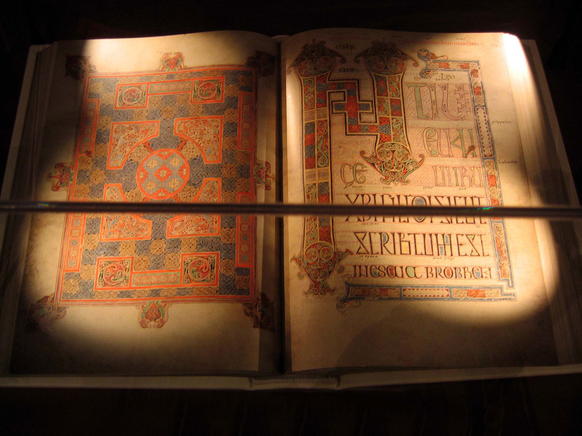 Digital Copy of the Gospels in the Lindisfarne Centre