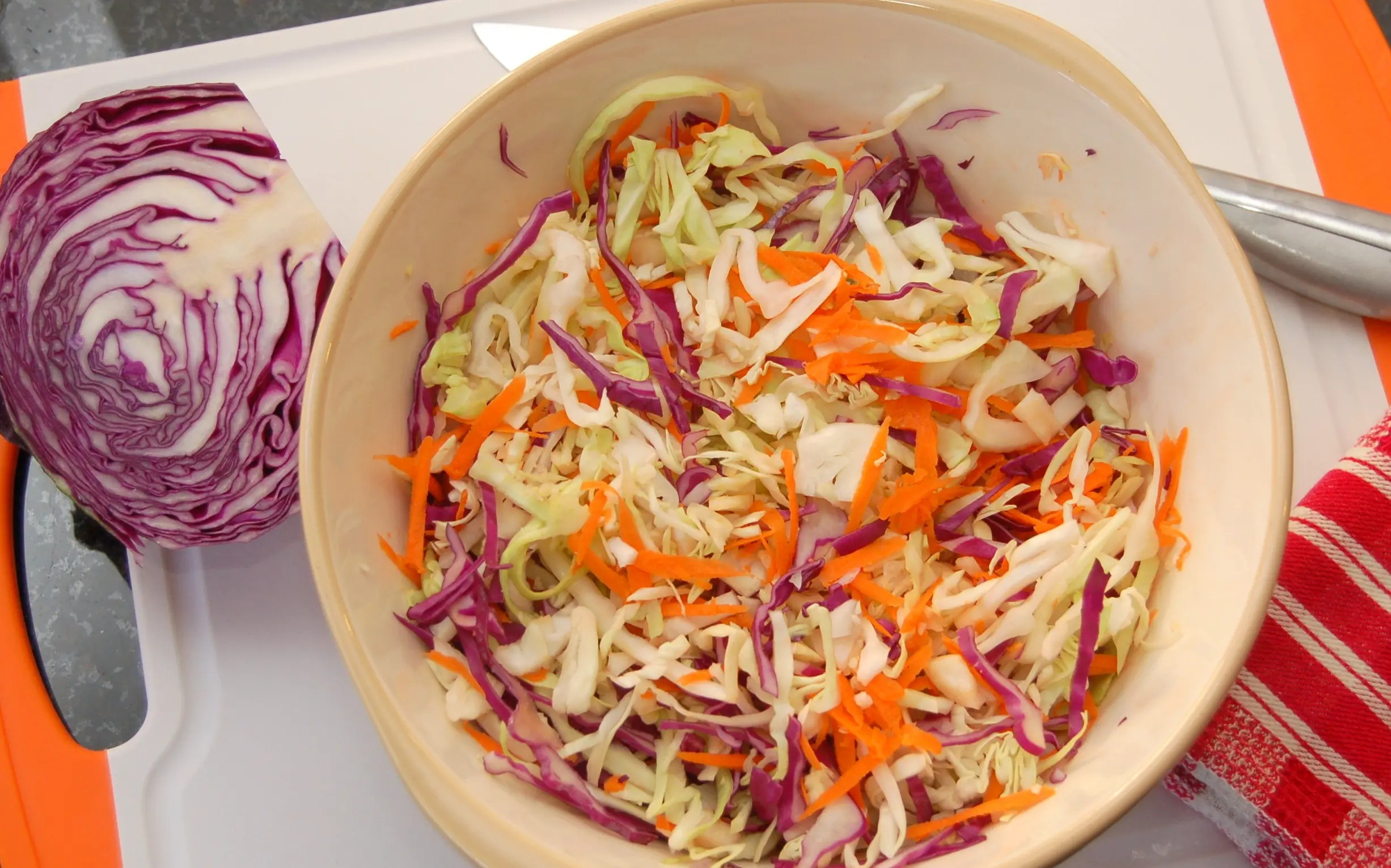 May 30, · 1/2 thinly sliced head of green cabbage. 1 cup of thinly sliced red cabbage. 2 whole shredded carrots. 3 thinly sliced green onions. 1/4 cup of apple cider vinegar. 1 tablespoon of grainy mustard. 1 tablespoon of honey or 1 teaspoon of sugar. 1/4 cup of olive oil/5(15).