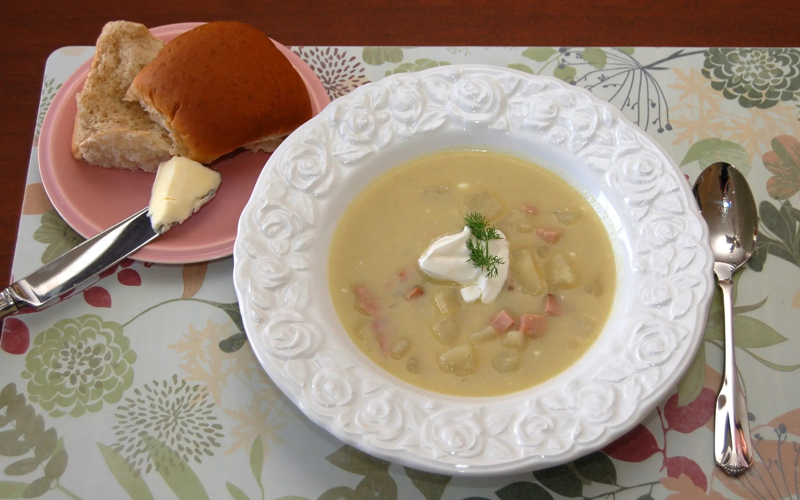 Easy Potato, Leek and Ham Soup