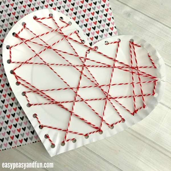 Threaded Heart Paper Plate Craft for Valentines Day - Easy ...