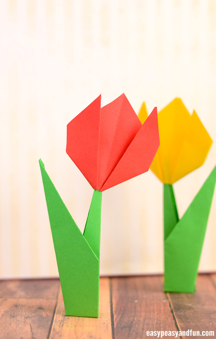 How to Make Origami Flowers   Origami Tulip Tutorial with Diagram     How to Make Origami Flowers     Origami Tulip Tutorial with Diagram