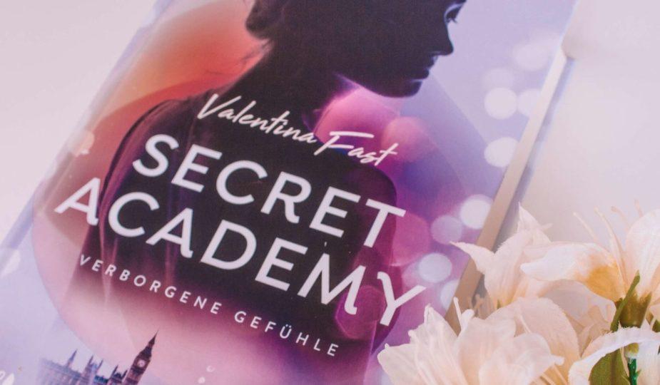 Secret Academy 1 (Verbotene Gefühle) Rezension