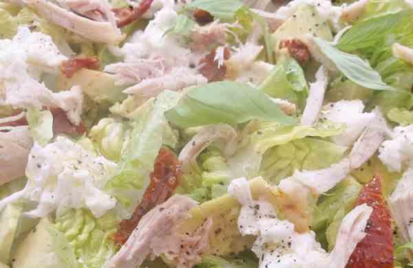 Chicken Mozzerella and Avocado Salad 4