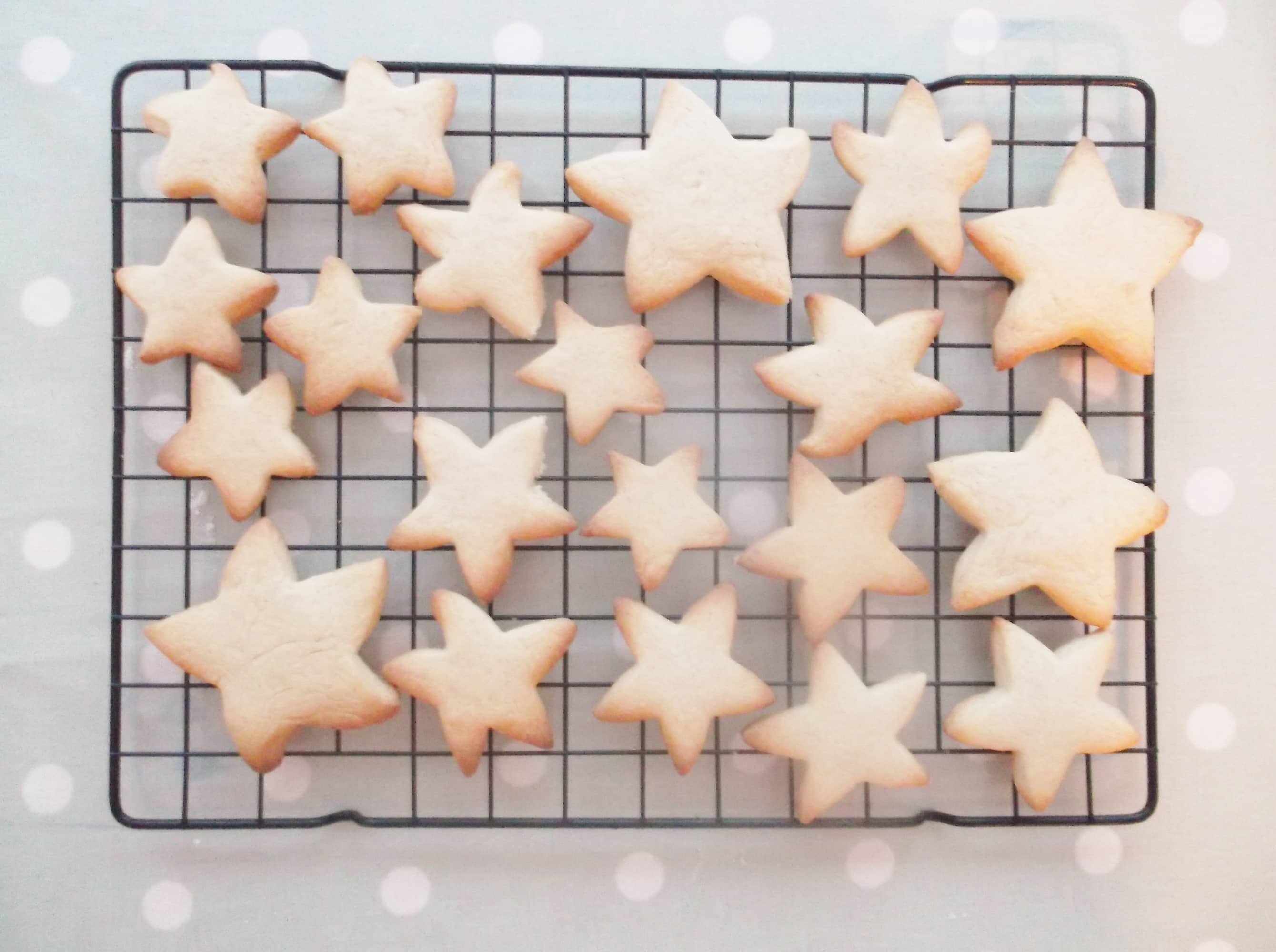 Easy Peasy Christmas Star Biscuits