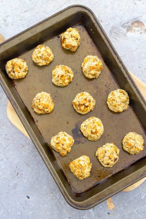 Easy Sage and Onion Stuffing Balls