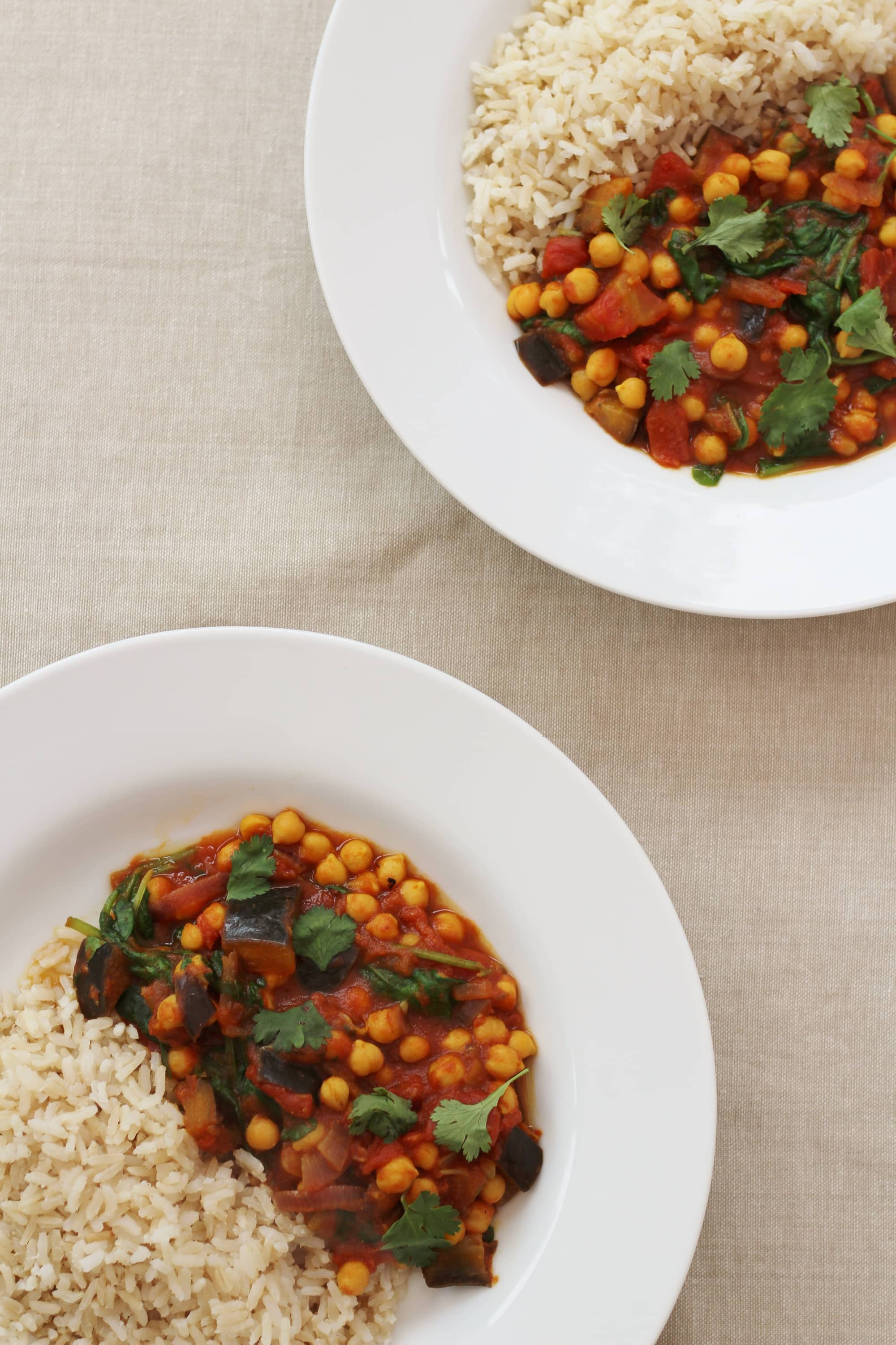 Quick Aubergine and Chickpea Curry (Vegan) - Easy Peasy Foodie