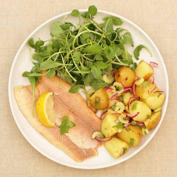 Sirtfood Potato Salad with Trout and Watercress
