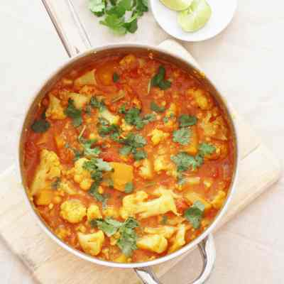 Butternut Squash, Cauliflower and Red Lentil Dhal (Vegan)
