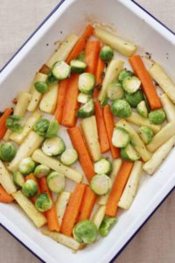 Easy Christmas Roast Vegetable Traybake