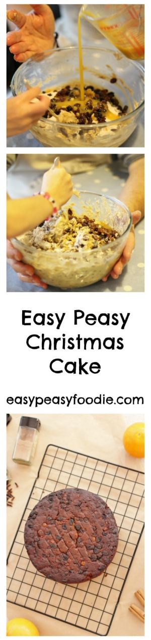 This Easy Peasy Christmas Cake is a well tried and tested family recipe that has stood the test of time (several decades in my family). It doesn't need feeding and so is suitable to give to kids - if they'll eat it!! #christmas #cake #christmascake #easychristmas #easypeasychristmas #easypeasyfoodie