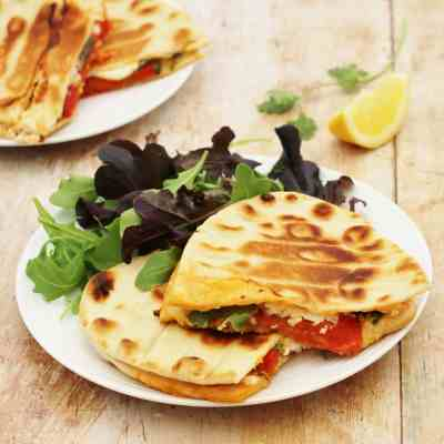 Feta, Roasted Pepper & Harissa Toasted Flatbreads & Breville Review