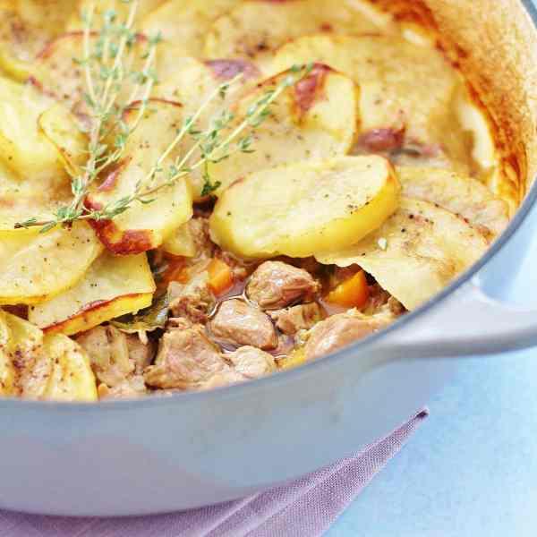One Pot 5 Ingredient Easy Lamb Hotpot