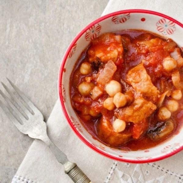 Slow Cooker Veggie Sausage, Mushroom and Chickpea Stew