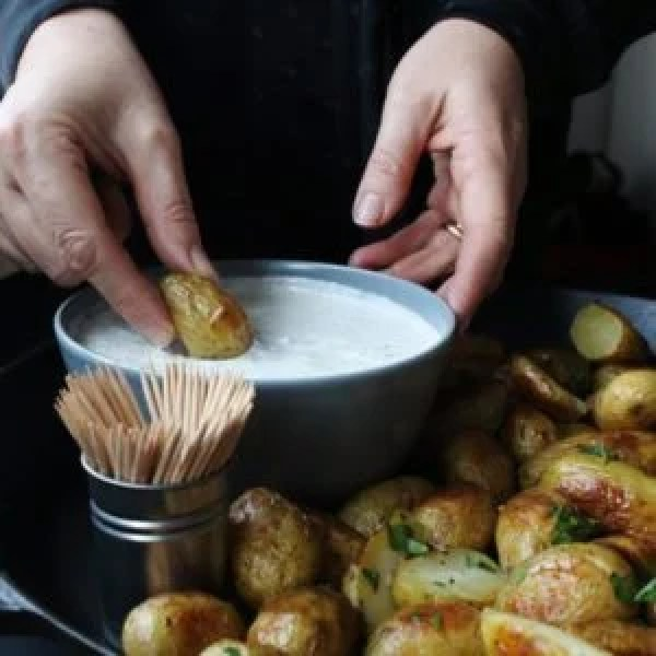 Creamy Dill Dip with Honey Mustard New Potatoes